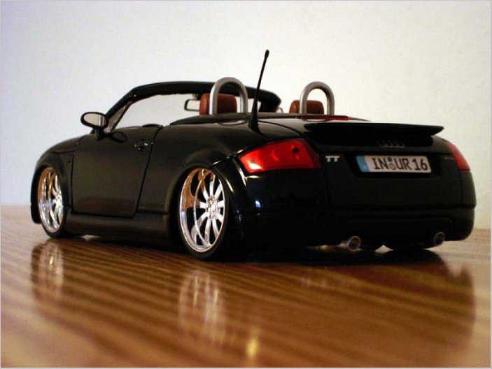 audi tt cabrio tuning modellauto in 1 18. Black Bedroom Furniture Sets. Home Design Ideas